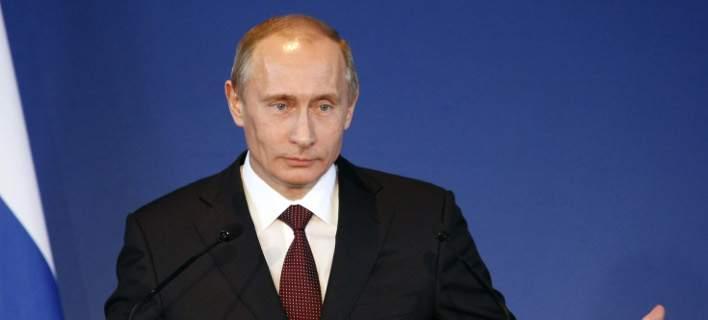 Ο Ρώσος πρόεδρος Βλαντιμίρ Πούτιν στη Δημοκρατία της Σιγκαπούρης
