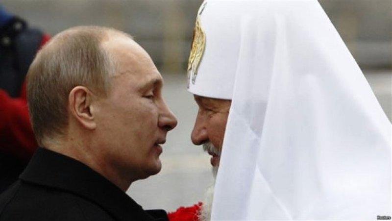 Ρωσία: Άρρηκτοι οι δεσμοί μεταξύ εκκλησίας-κράτους