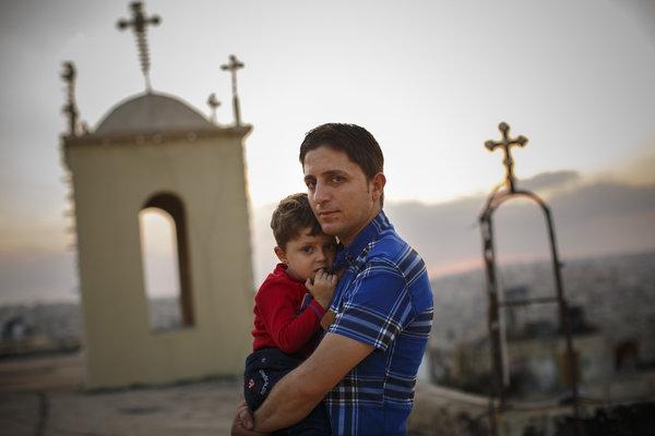 Υπό διωγμόν οι Χριστιανοί πρόσφυγες στην Ελλάδα