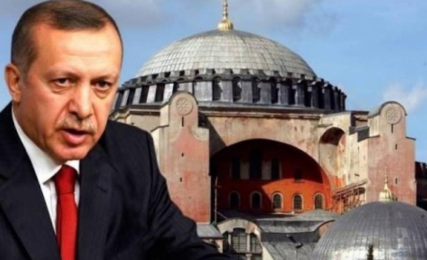 """""""Οι Έλληνες δεν έχουν συμβιβαστεί με την απώλεια της Αγιά Σοφιάς"""""""