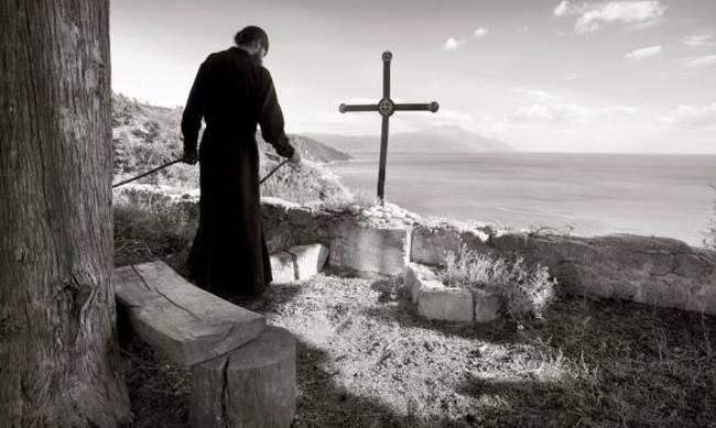 «Η αμαρτία δεν είναι κανένας εχθρός που σε πολεμάει απ' έξω, αλλά κακό που φυτρώνει και αναπτύσσεται μέσα σου»