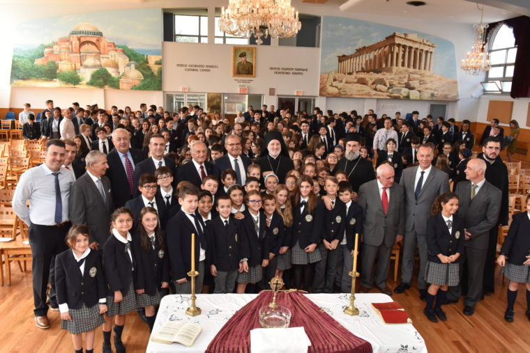 Έλληνες υπουργοί στον Αρχιεπίσκοπο Αμερικής