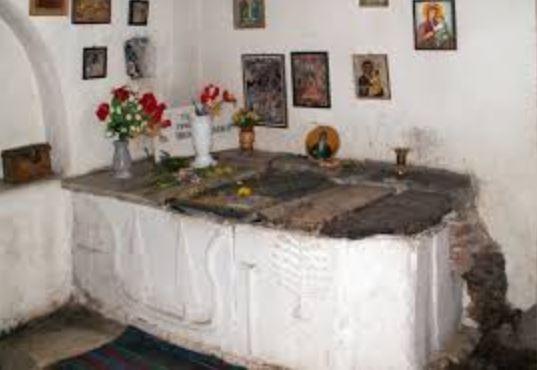 """Енориаши от храм """"Св. Неделя"""" се поклониха на гроба на Св. Йоан Рилски"""