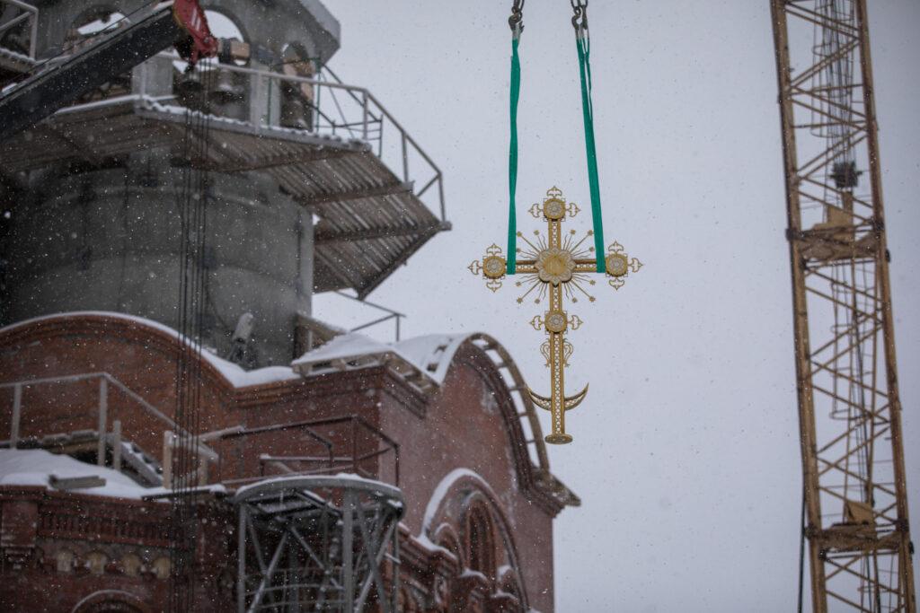 Στη θέση του σταυρός σε ναό της Ρωσίας μετά από 90 χρόνια