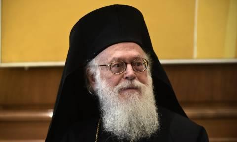 Στο στόχαστρο Αλβανών εθνικιστών ο Αρχιεπίσκοπος Αναστάσιος