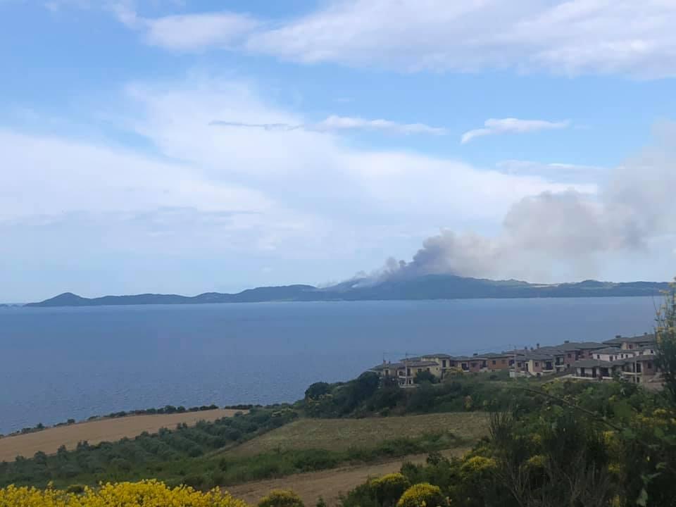 Το ξέσπασμα της φωτιάς στο Άγιον Όρος (ΒΙΝΤΕΟ)