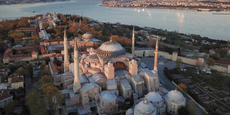Διπλωματικός μαραθώνιος για την Αγία Σοφία – Οι κυρώσεις κατά της Τουρκίας και η ώρα ευθύνης της Ευρώπης- Τι δήλωσε ο κυβερνητικός εκπρόσωπος