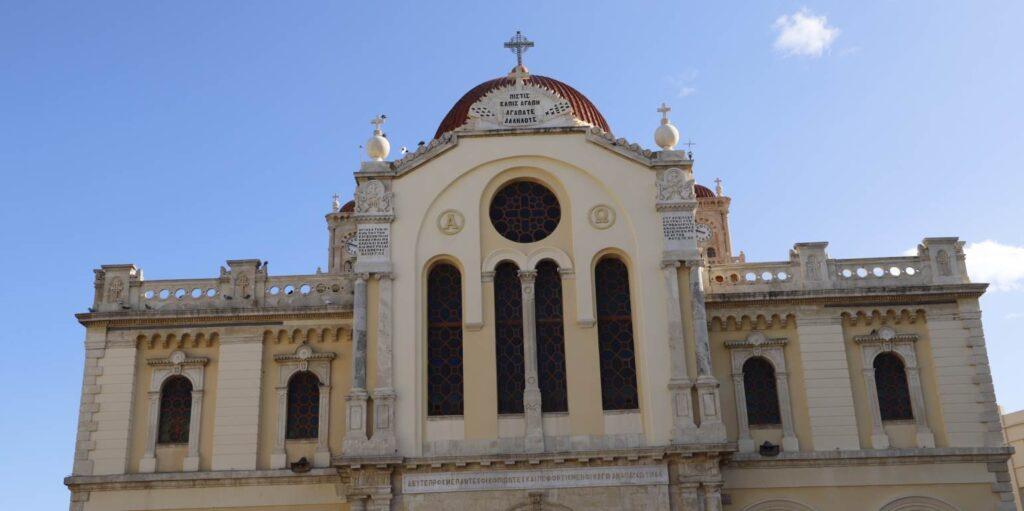 Συνελήφθη ο άνδρας που προκάλεσε φθορές στον Άγιο Μηνά Ηρακλείου