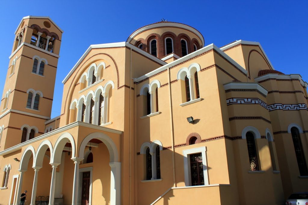 Church of Cyprus clerics call for reopening of places of worship under strict conditions