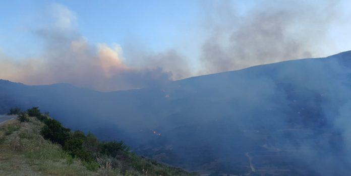 Εκκενώνονται κι άλλα χωριά στην Κεφαλονιά