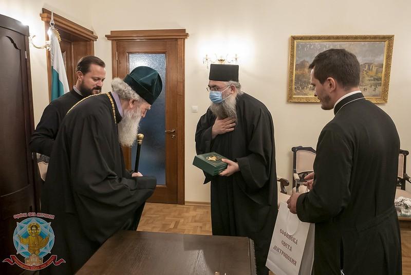Συνοδεία από το Άγιο Όρος στον Βούλγαρο Πατριάρχη