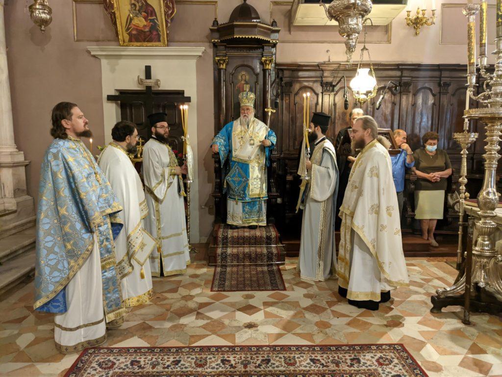 Ο Κερκύρας Νεκτάριος στο Ιερό προσκύνημα του Αγίου Σπυρίδωνος
